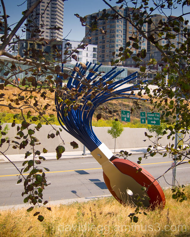 Olympic Sculpture Park, Seattle: Oldenberg