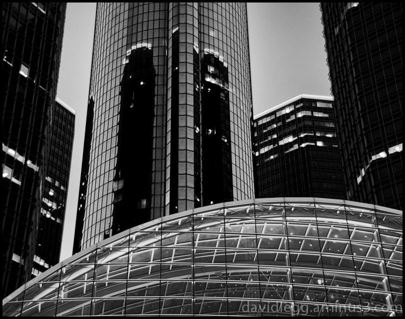 Renaissance Center, Evening