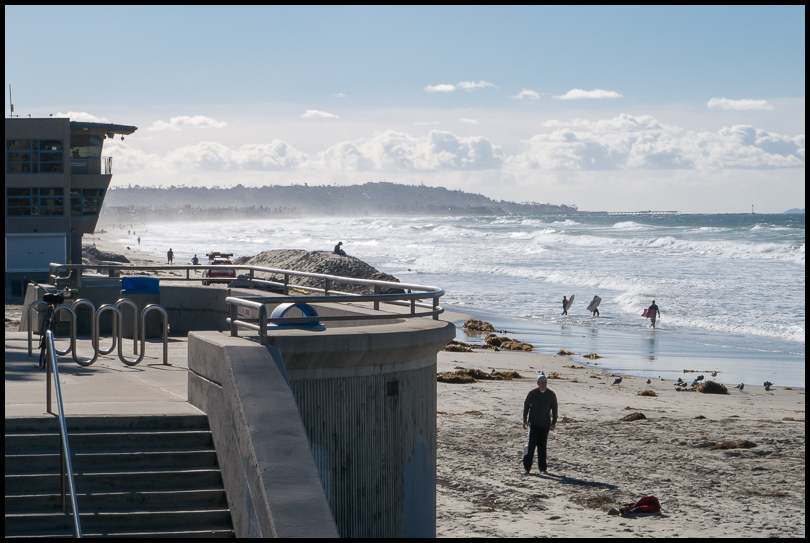 Pacific Beach, Christmas Day, 2015