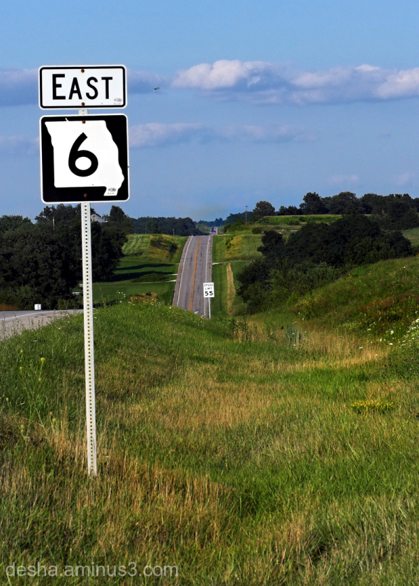 Midwestern road sign looking to the East