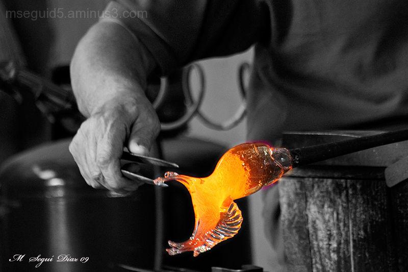 Creando un caballito de Murano (Venecia)
