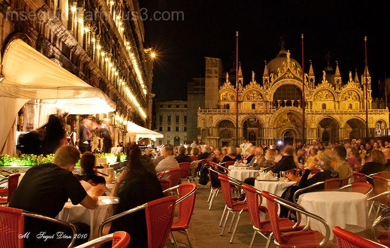 Ambiente nocturno veneciano