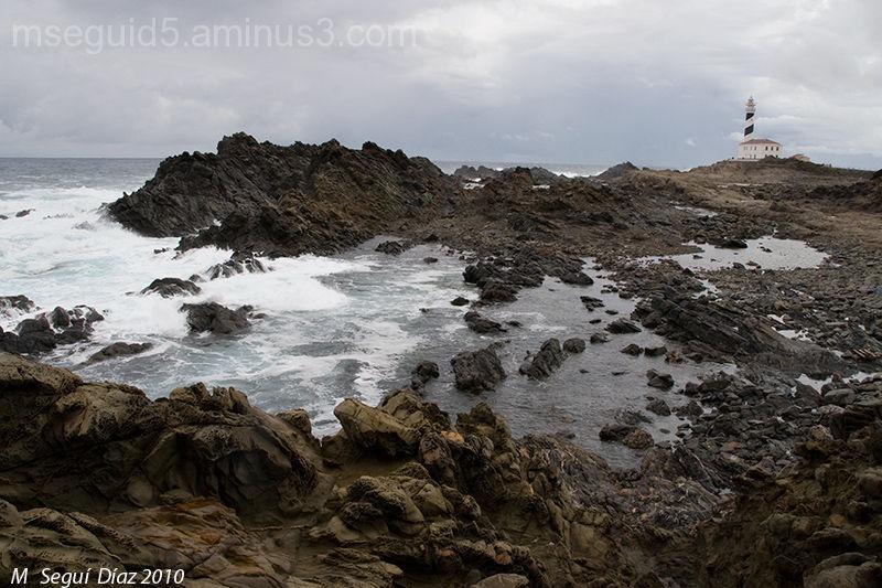 Faro de Favaritx tras la tormenta (Menorca)