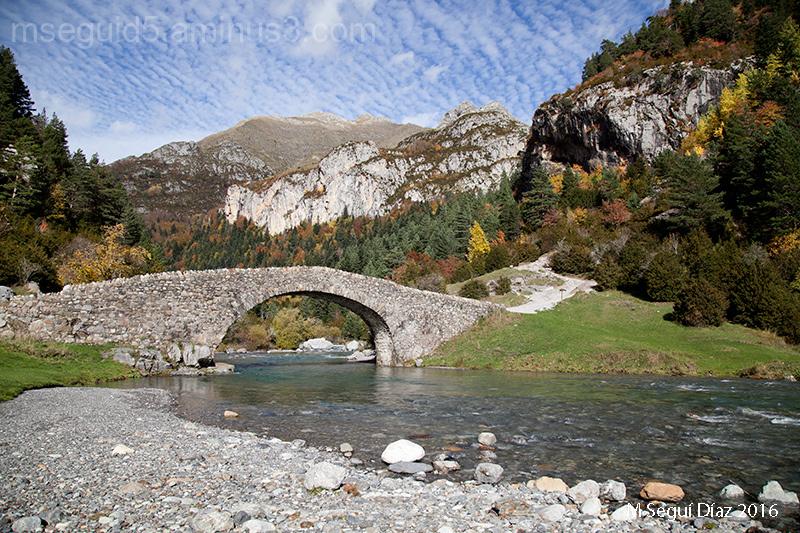Puente de los Navarros  (Valle de Bujaruelo)