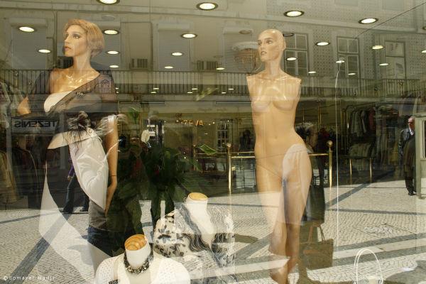 Store, Mannequin
