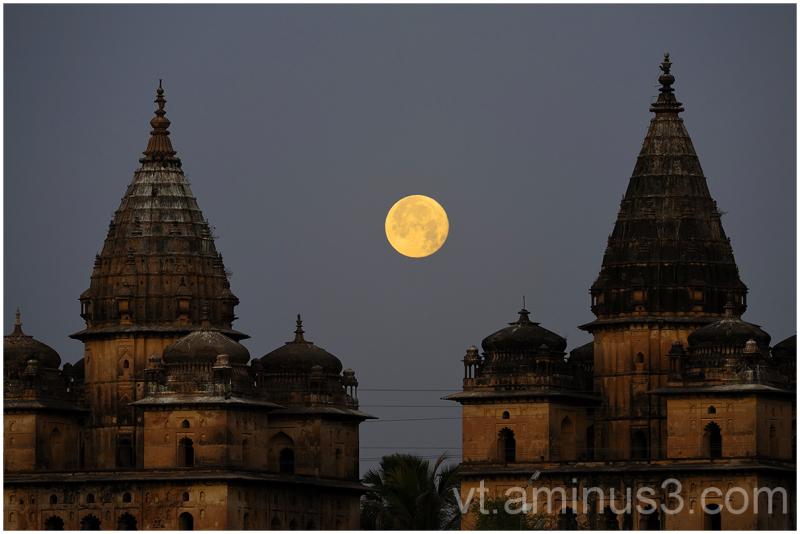 Moonset behind Royal Cenotaphs, Orchha, India