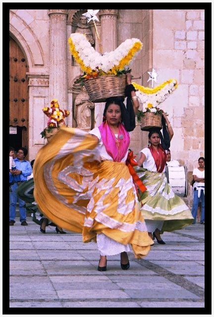 Folclorismos turísticos (Oaxaca - 2004)