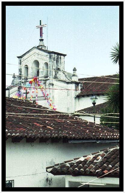 Iglesia de San Lorenzo Zinacantán (agosto de 2004)