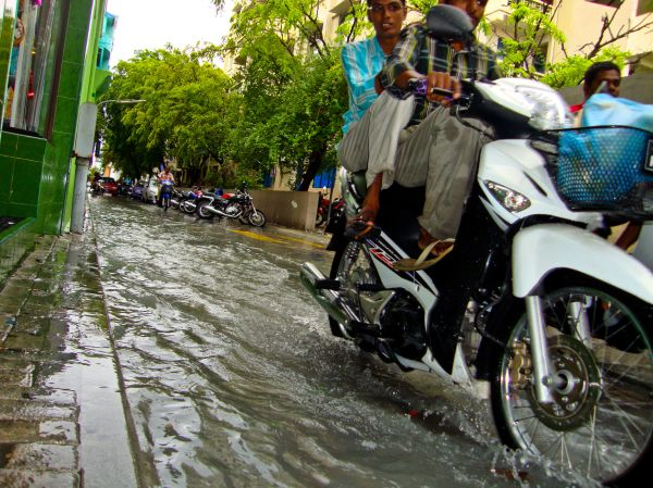 Rainy Day out in Malé ... capital of Maldives ...