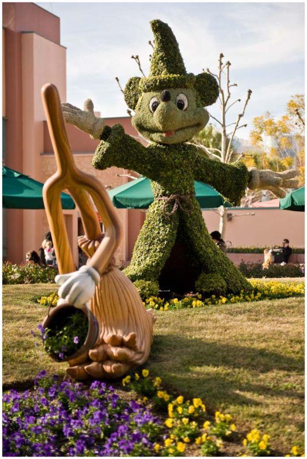 Walking Disney Hollywood 4