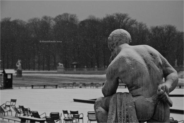 Et enfin, il était seule avec ses pensées...