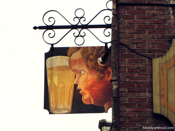 ~ Manneken Pis + Beer ~