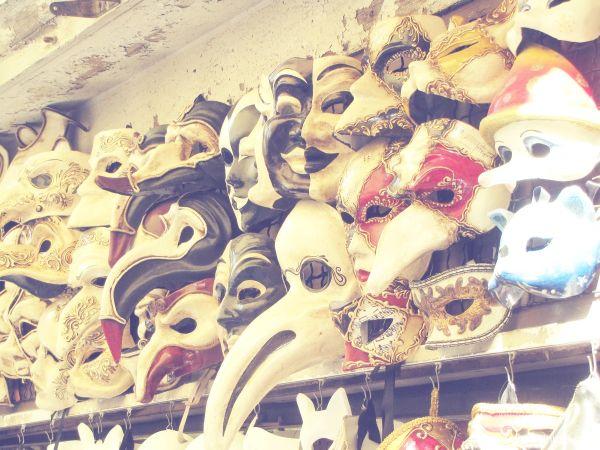 :) Masks :(