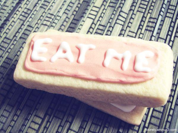 ☻ Eat me ☻