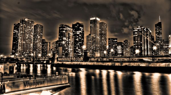 hdr black white long exposure city shot Chicago