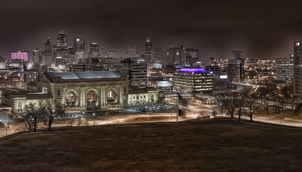 hdr panorama of kansas city at skyline night union