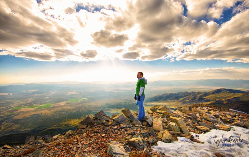 hiking great basin park in nevada mountain