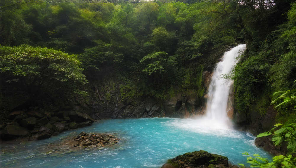 Rio celeste the blue river in costa rica waterfall