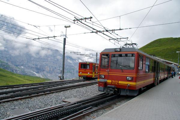 Kleine Scheidig station, 1821m