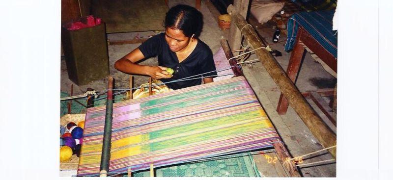 Tecelã timorense