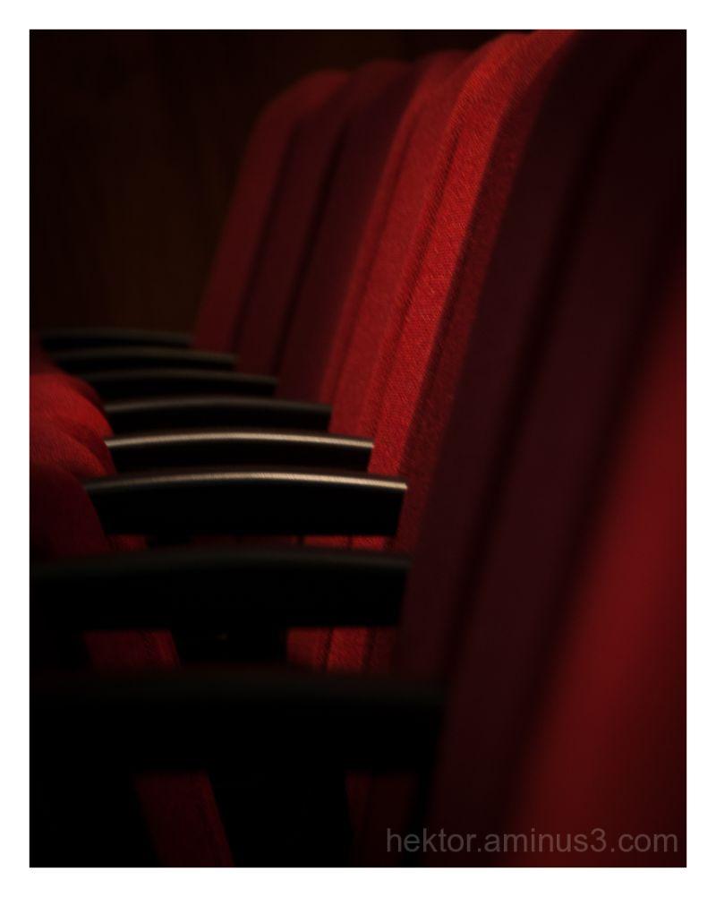 sillas rojas