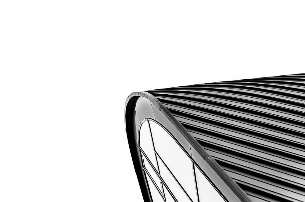 curva metalica
