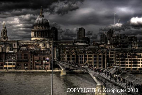 Bridge to St Paul