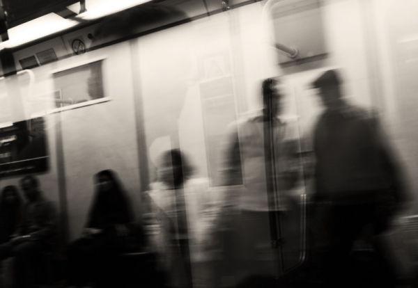subway 4(waiting)