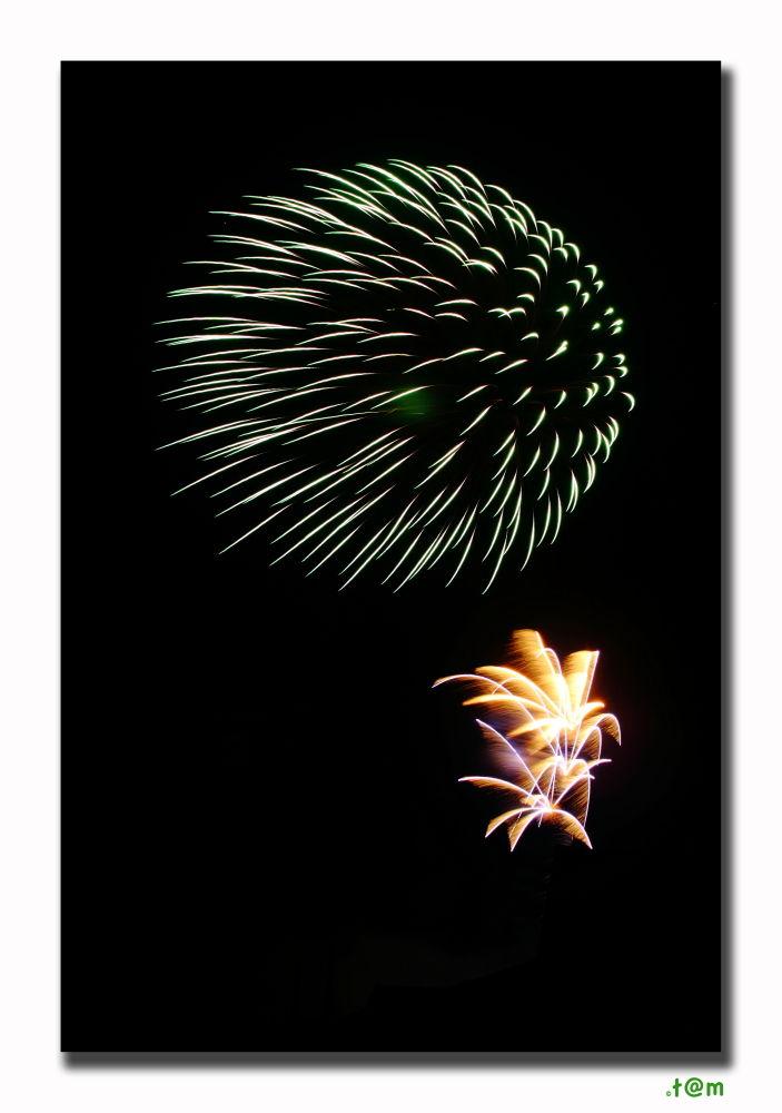 Fireworks 3/4