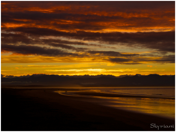 Tahunanui beach at sunset
