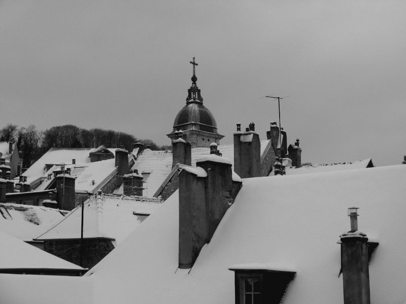 toits ville neige besançon