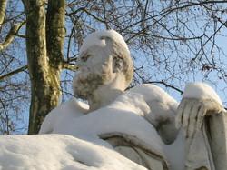 même les statues ont froid