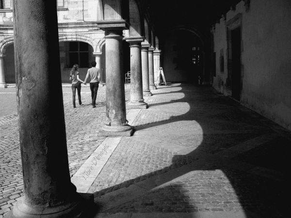 Marcher dans la lumière