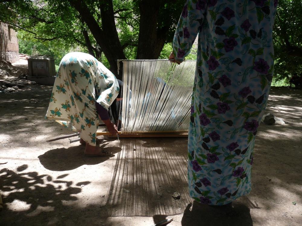 Maroc , Weavers at work