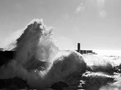 waves , porto, portugal