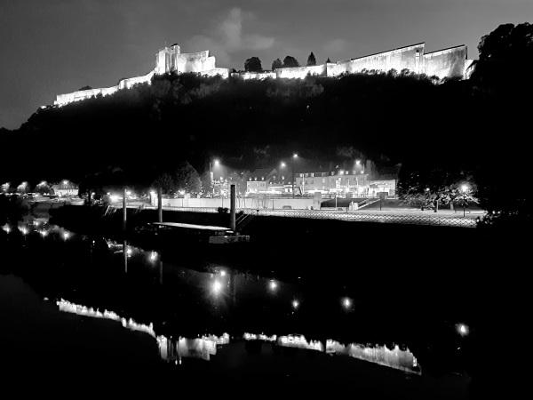 C est beau une ville la nuit