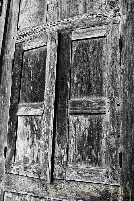 D Old Window