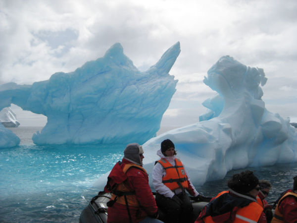 Some icebergs really are blue.