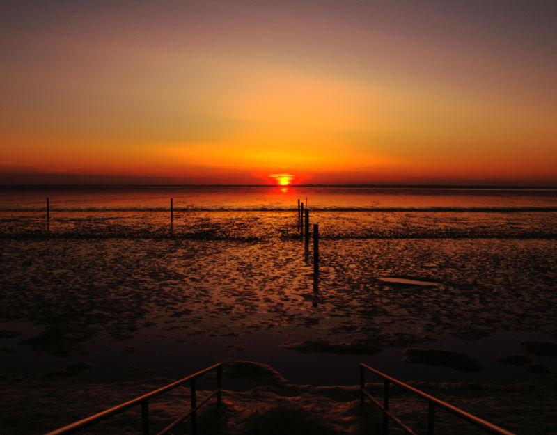 Sonnenuntergang am Strand von Norddeich