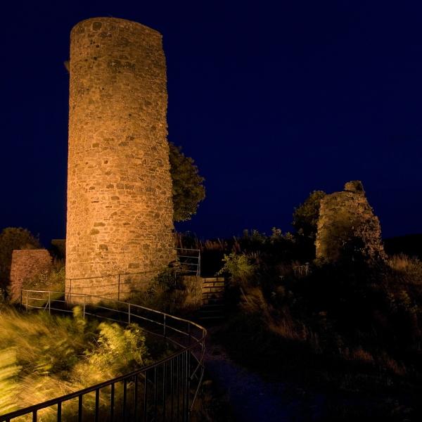 Ruine bei Nacht