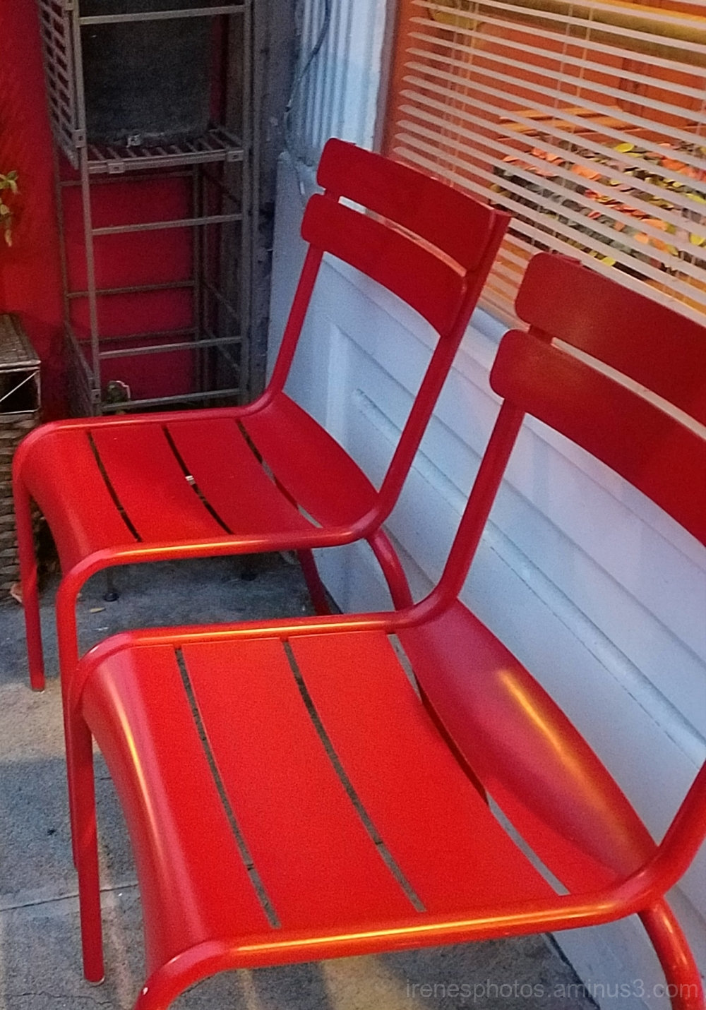 Red Chairs - ST