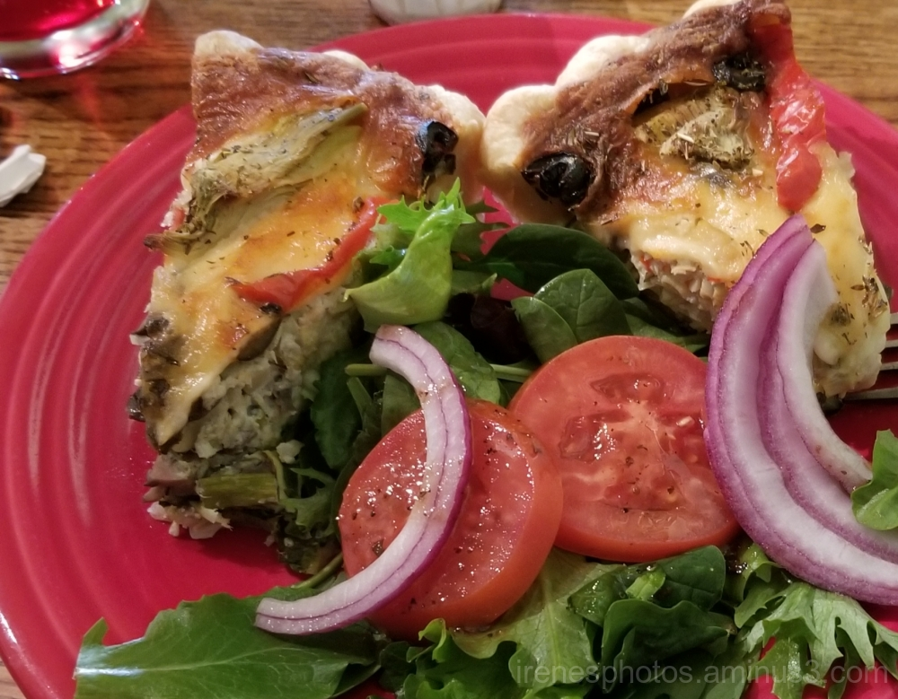 Artichoke Greek Quiche