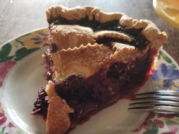 Berry Berry Pie