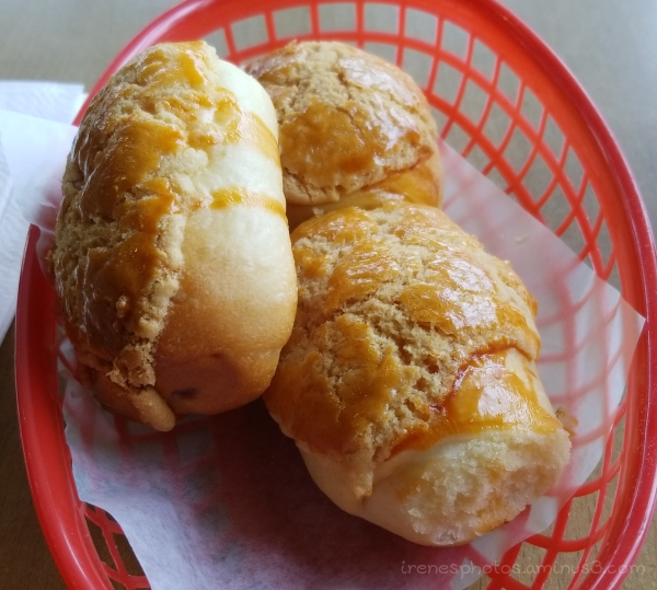 Pineapple & Taro Bun on 09.04.2018