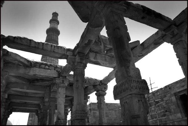 Qutab Minar Delhi India 2009