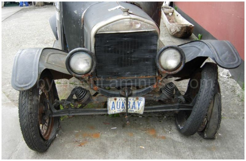 Ford Model T - front