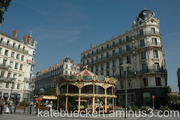 Fountain and carousel in Lyon