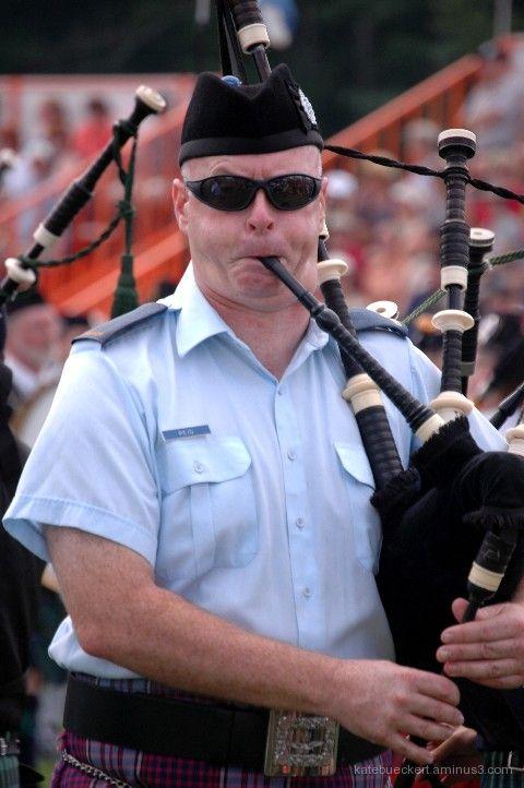 Fergus Highland Games - Piper