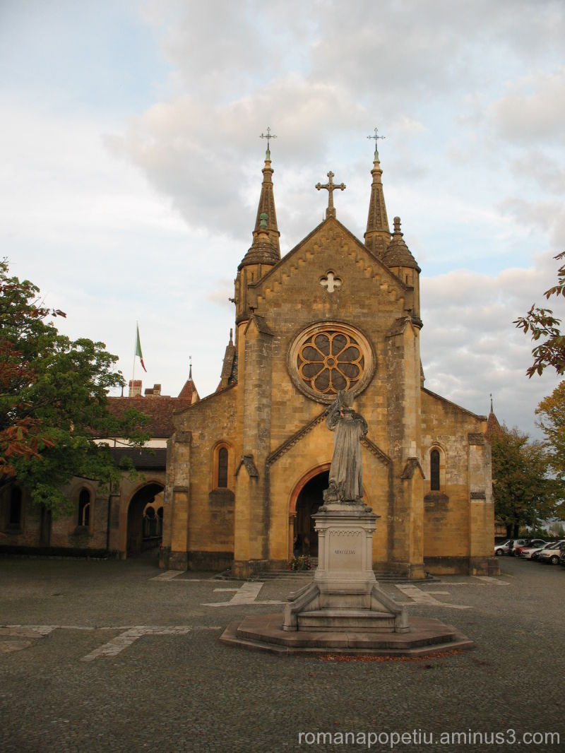 O biserica ...
