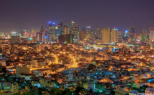 An HDR of Makati at night.